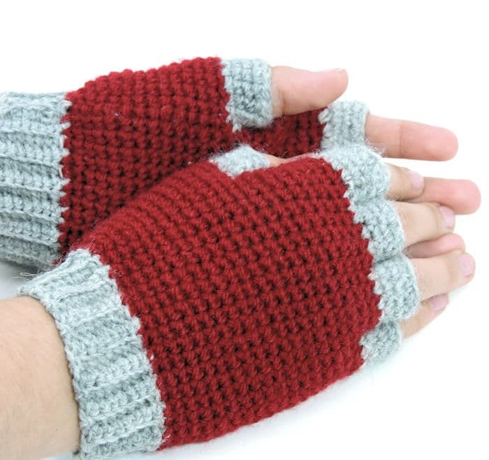 Jersey Mitts for Christian | CrochetKim Free Crochet Pattern