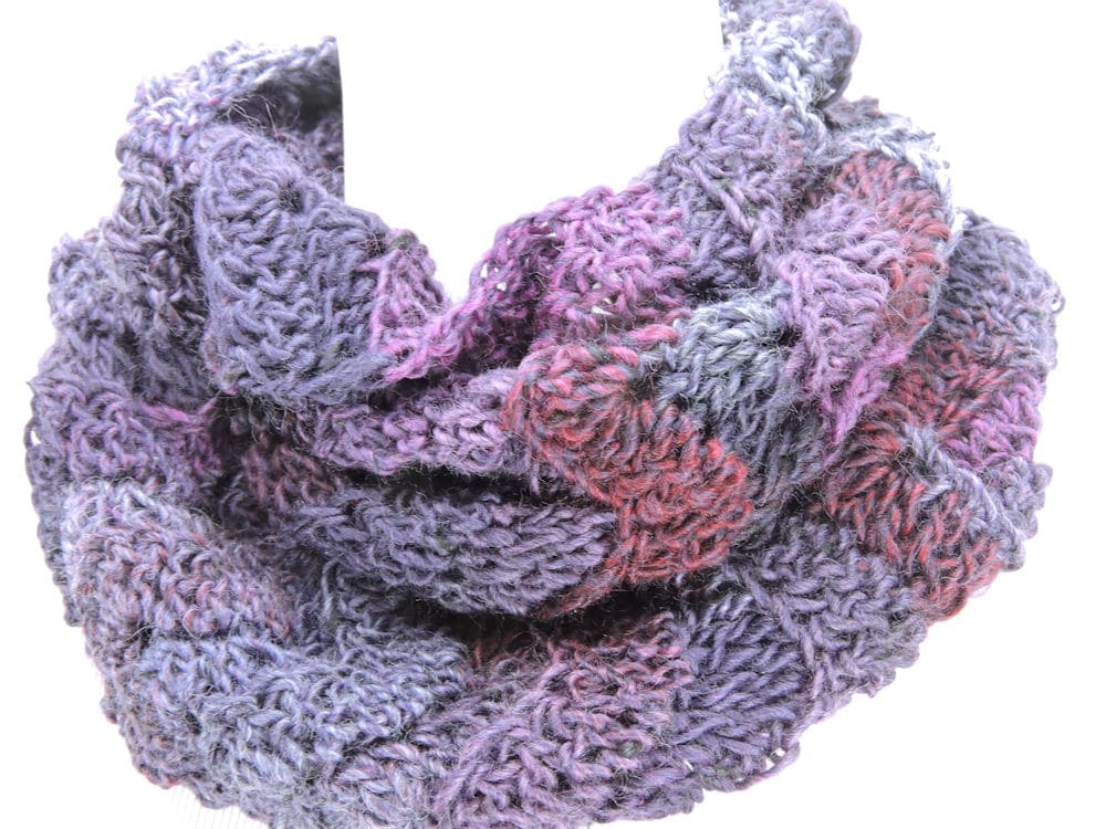 Rockin' the Changes Infinity Scarf CrochetKim Free Crochet Pattern