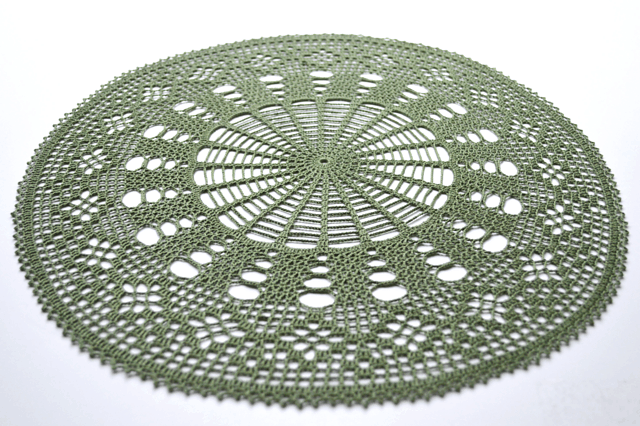 Free Crochet Pattern: Ordered Diamond Doily