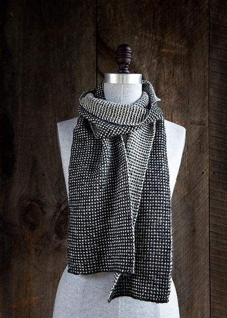 Free Knit Pattern: Speckled Scarf