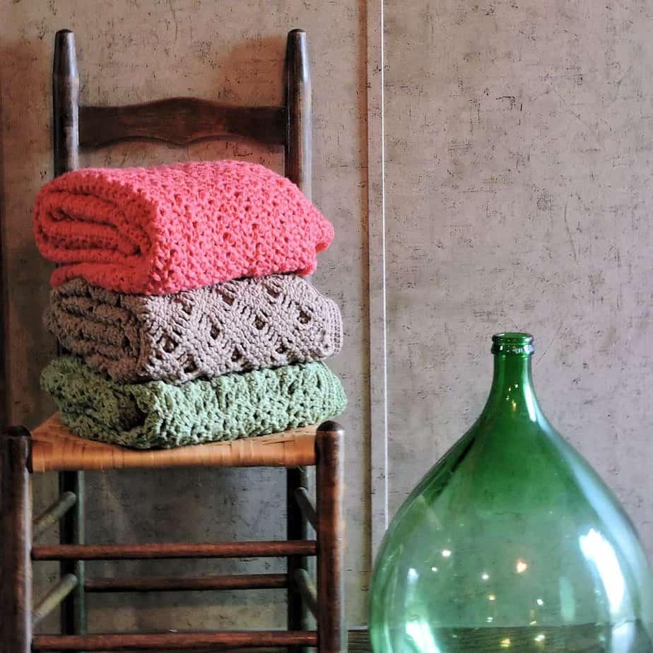 Romantic Lace Throws | CrochetKim Free Crochet Pattern