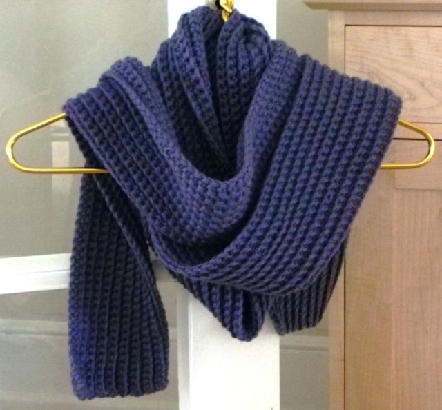 Chunky Crochet Scarf Pattern Hot Trends In Crochet Top Free Infinity Scarf And Crochet Cowl Patterns