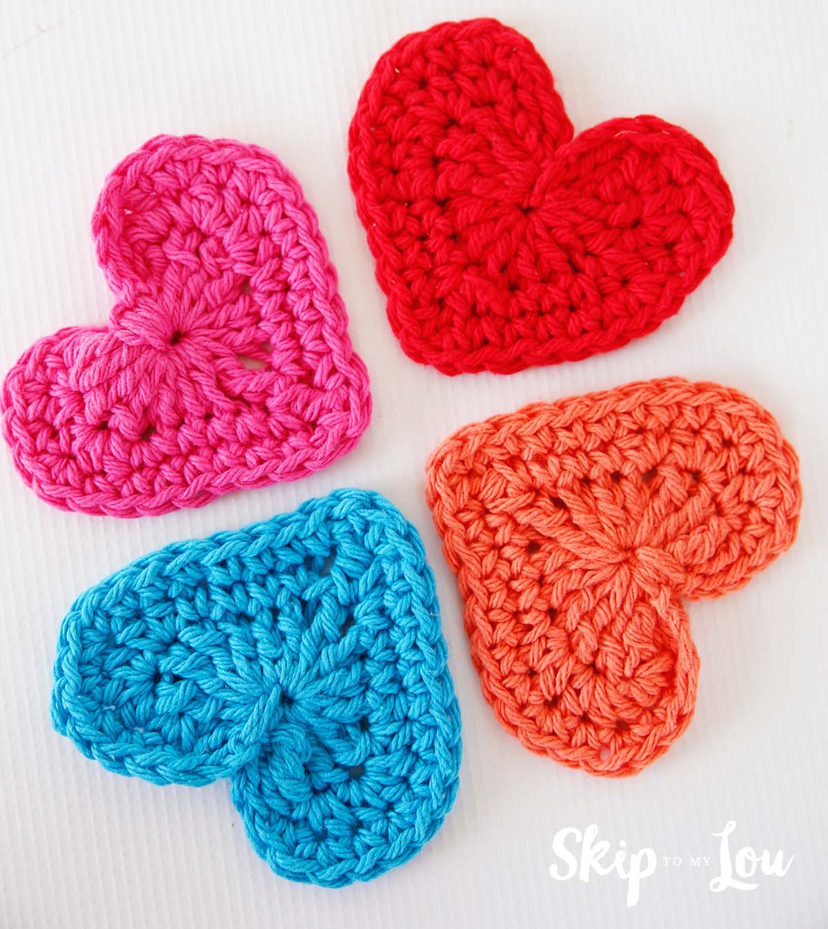 10 Crochet Heart Patterns for Valentine's Day | 1346x1200