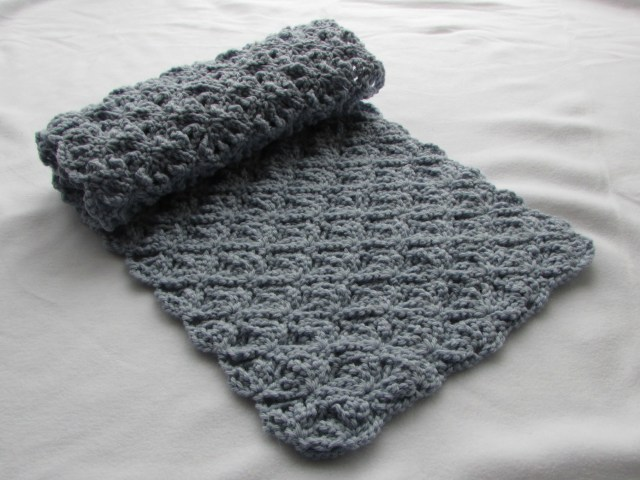 Crochet Pattern Scarf One Of The Simple Patterns Crochet Scarf Patterns Thefashiontamer