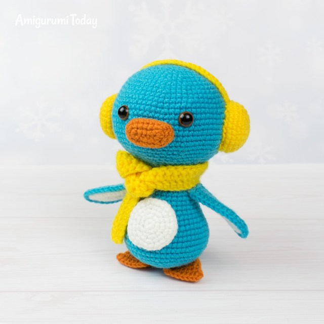 Baby Penguin Amigurumi Toy Crochet Pattern - One Dog Woof | 640x640