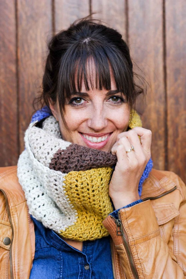 Easy Cowl Neck Scarf Crochet Pattern Piece Of Cake Cowl With Caron Cakes Yarn Free Crochet Pattern