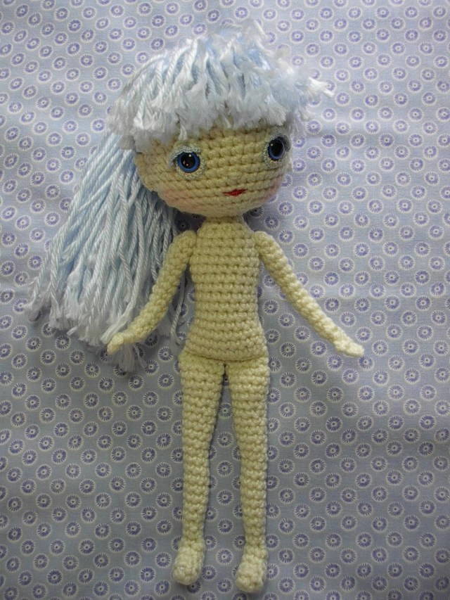 Amigurumi Princess Doll in Cape Crochet Free Pattern | 853x640
