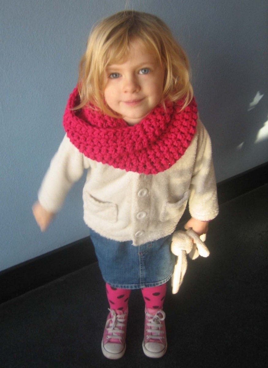 Snood Scarf Crochet Pattern Easy Crochet Snood Pattern Both Adult And Child Versions Kayla