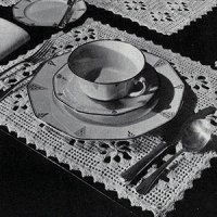 The Petal Luncheon Set ~ Free Vintage Crochet