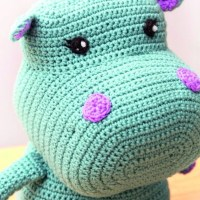 Nelly the Hippo by Lucia Forthmann on Underground Crafter