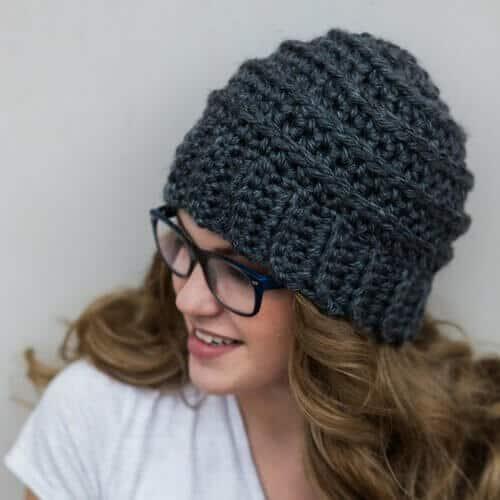Free Crochet Pattern: The Beehive Beanie - Crochetpreneur