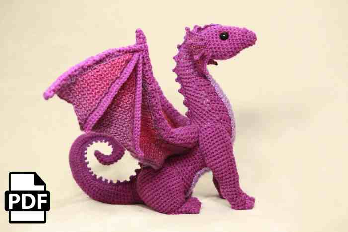 Photo of the side of the crocheted dragon