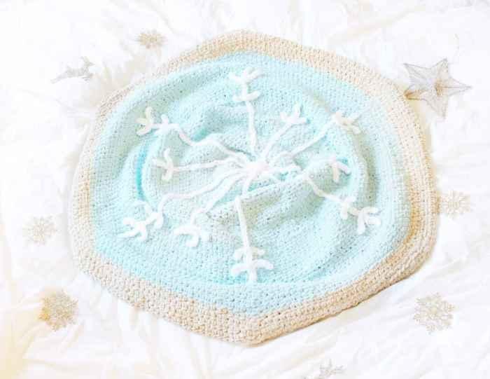 snowflake sugar cookie crochet pattern
