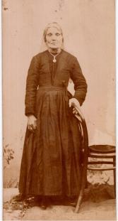 Rachele Di Laura Frattura ved. di Annibale Brunetti (1907)