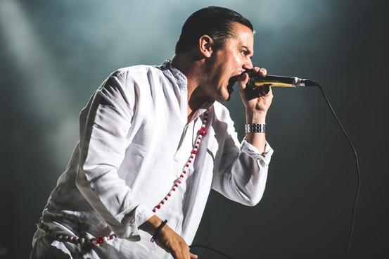 Mike Patton cancela la nueva gira de Faith No More por «problemas mentales»