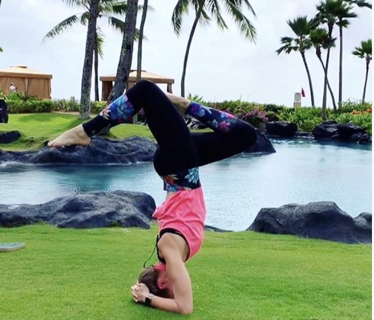 pineapple leggings in hawaii