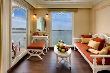 Vue de la suite de luxe à bord du Jahan