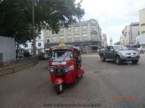 Croisière tour du monde Escale à Colombo au Sri Lanka balade en tuk-tuk
