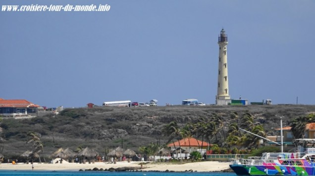 Escale à Oranjestad Aruba vue sur California Lighthouse