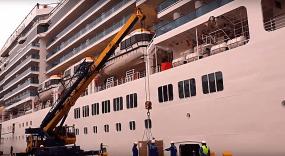 Croisière tour du monde Australe 2017 Costa Luminosa à quai au port de Valparaiso 3