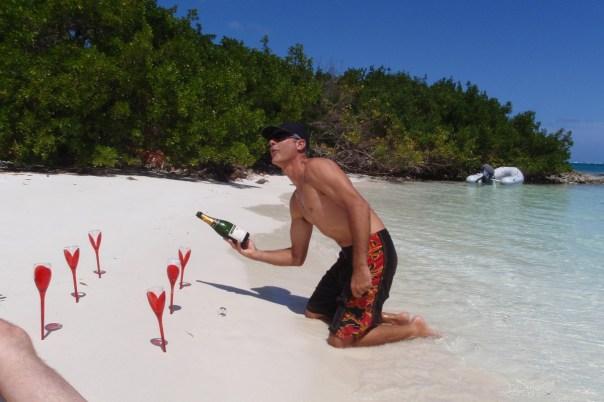 Champagne sur une plage des Caraibes