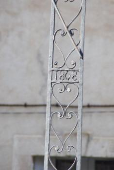 Lézignan-la-Cèbe - Croix de Mission - Place de la Croix de Mission (4)