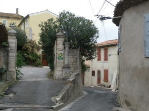 Montady - Rue de la Poste - Place Haute