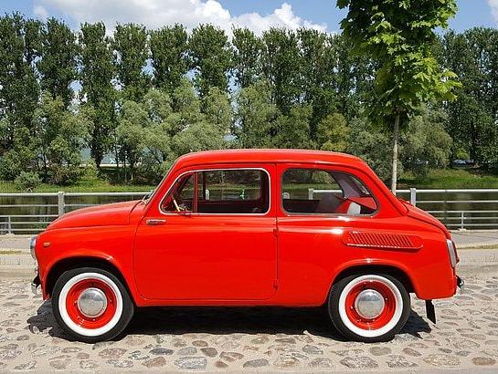 red-car-zaz-965[1]