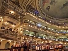 El Ateneo Grand Splendid en Buenos Aires, fue elegida por el diario británico The Guardian como la segunda librería más importante del mundo.