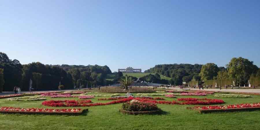 Jardines del Palacio Schönbrunn en Viena.