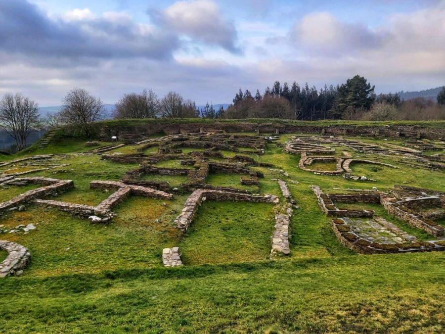 Vistas del castro de Viladonga desde la muralla.