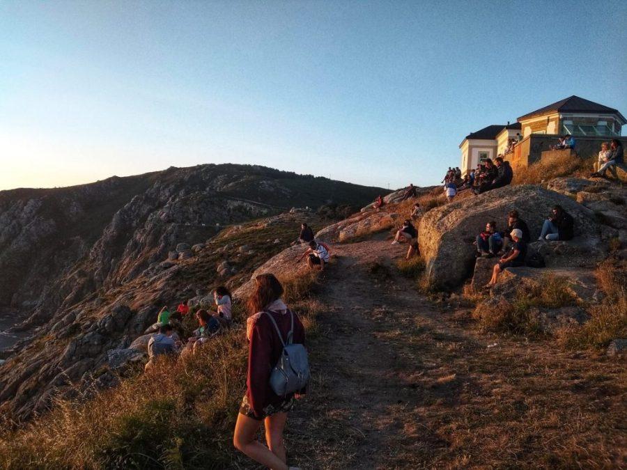 Puesta de sol en Finisterre, fin del mundo