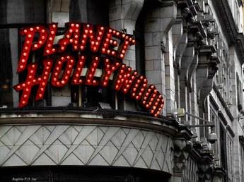 Planet Hollywood da região de Piccadilly Circus