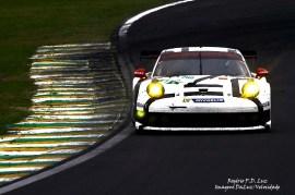 (a) Porsche 911 RSR #92 (01)
