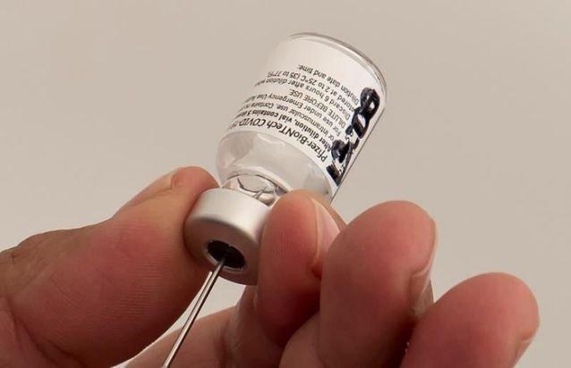 México autoriza a gobiernos locales y empresas a comprar vacunas anticovid