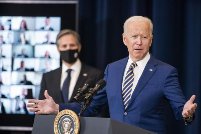Biden extiende el alivio hipotecario y prohibición de desalojos
