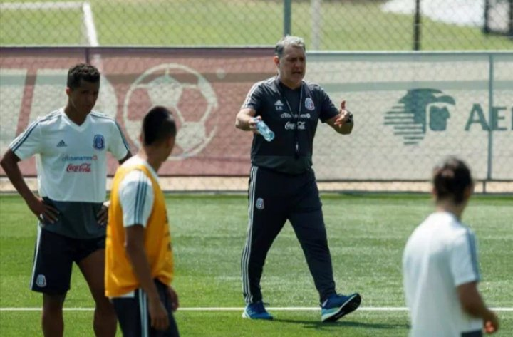 México y Costa Rica juegan mañana un partido amistoso