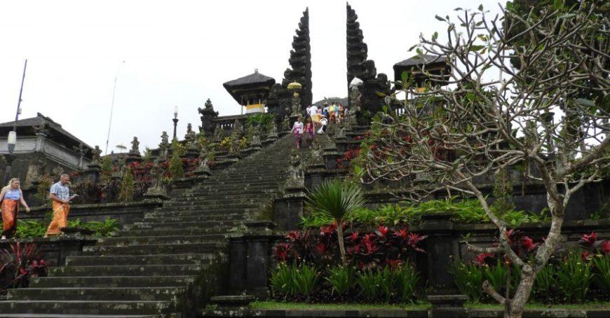 Pura Besakih, uno de los mejores momentos de un viaje a Indonesia