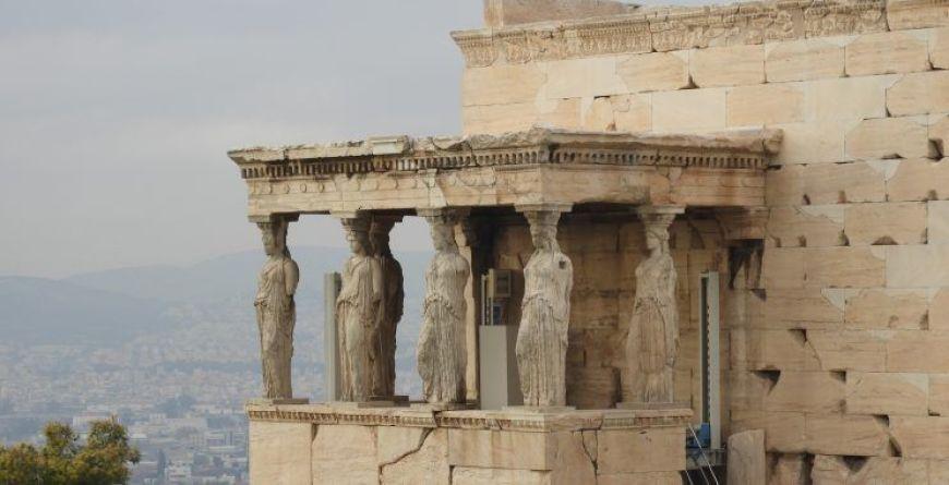 Cariatides y la su curiosa historia en Atenas