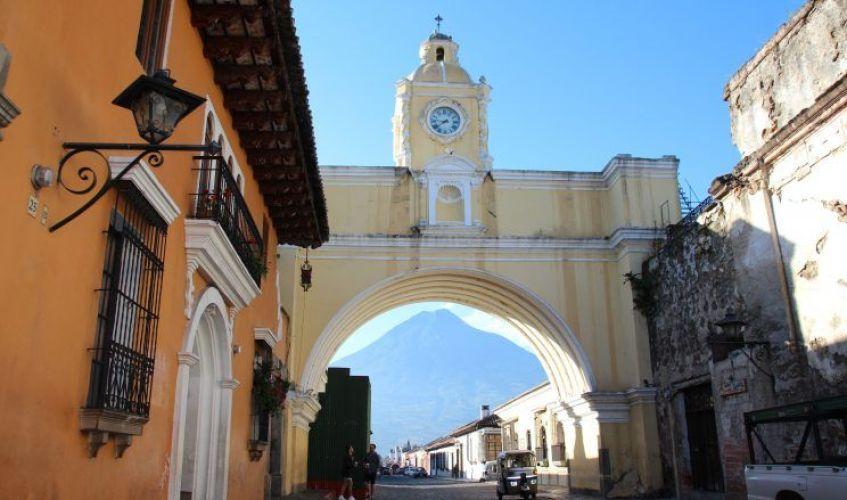 Arco santa catalina, La Antigua, viaje por libre a Guatemala