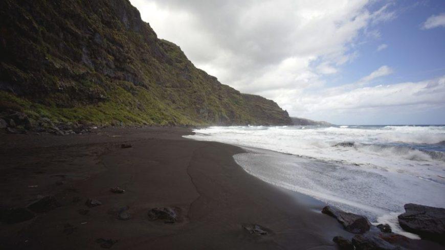 Playa de Nogales, una de las mejores playas en la isla de La Palma