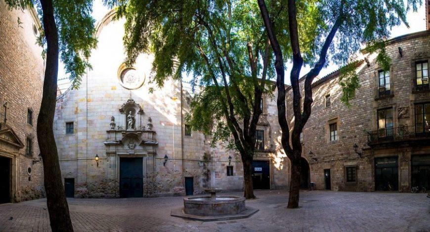 SAnt Felip Neri, la plaza más bonita que ver en Barcelona