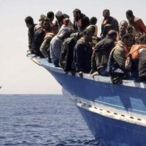 Bari - migranti-secondo sbarco in Puglia