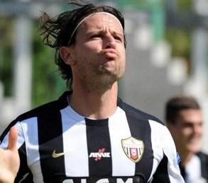 Cesena vs Avellino 3-1: Cacia e due legni condannano gli irpini nell'anticipo