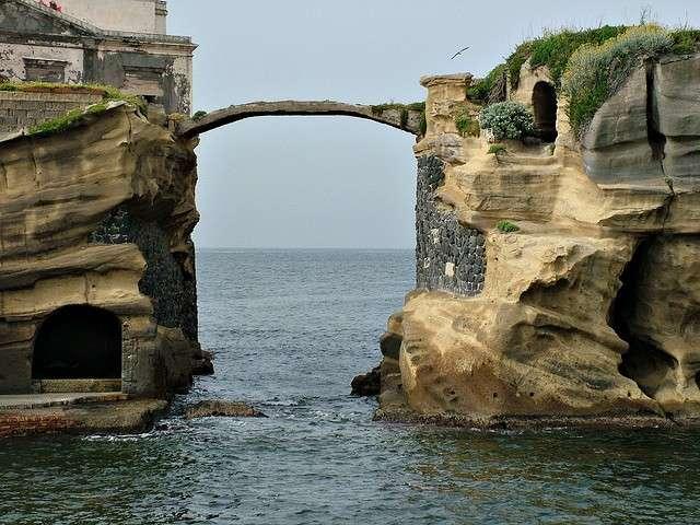 La Gaiola-isola maledetta per il popolo napoletano.jpeg-2