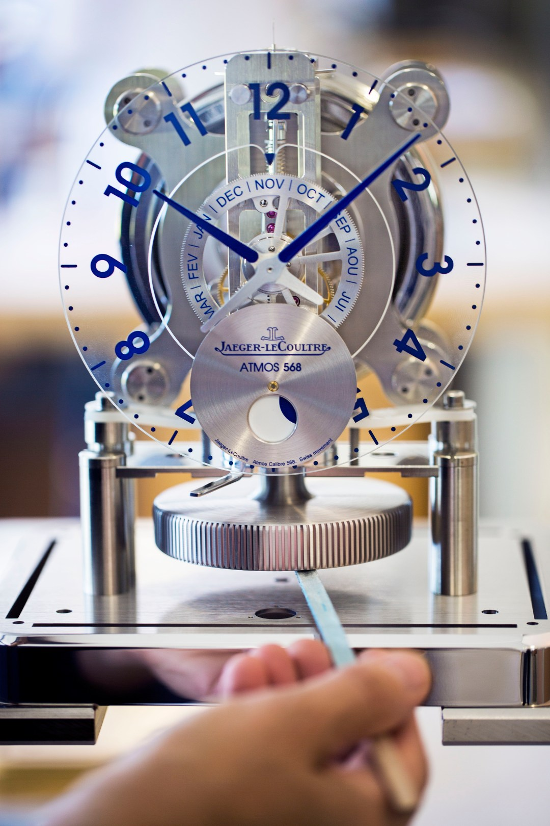 Making of Atmos 568 by Marc Newson © JohannSauty - Jaeger-LeCoultre (8)