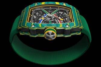 RM67-02 VN COURONNE FRONT RGB