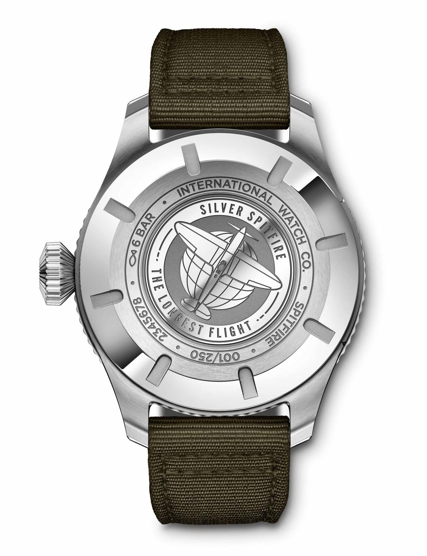 IW395501_Pilot's Watch Timezoner Spitfire Edition The Longest Fl