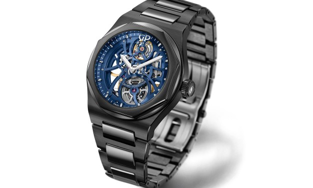 Girard-Perregaux Laureato Skeleton «Earth to Sky» Edition