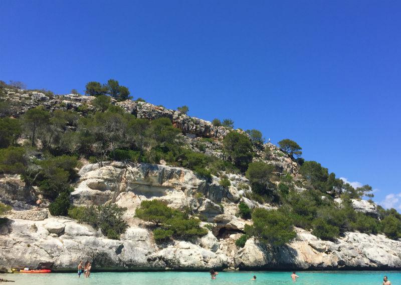 white cliff Cala Macarelleta menroca